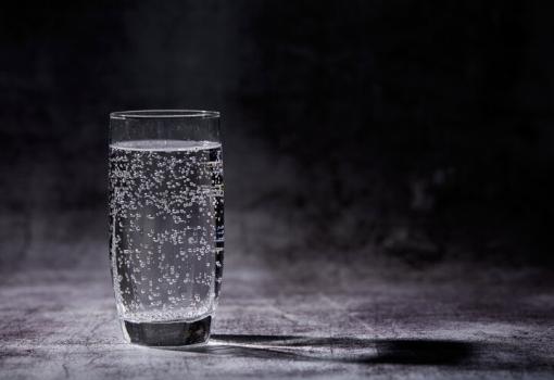 Bruiswatertoestel